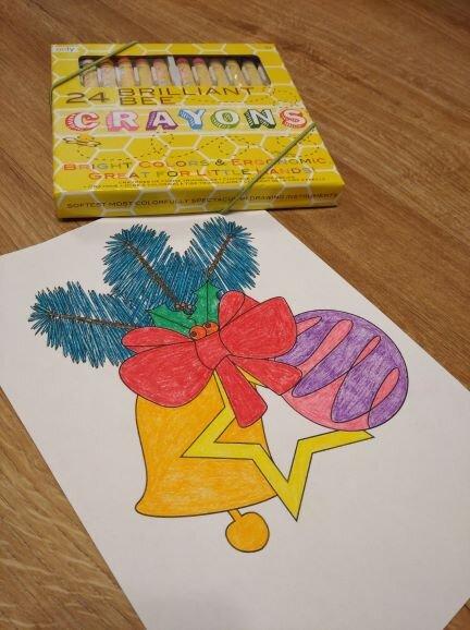 crayons_bee_kredki